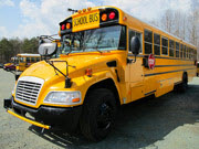 School Buses Puzzle HTML5